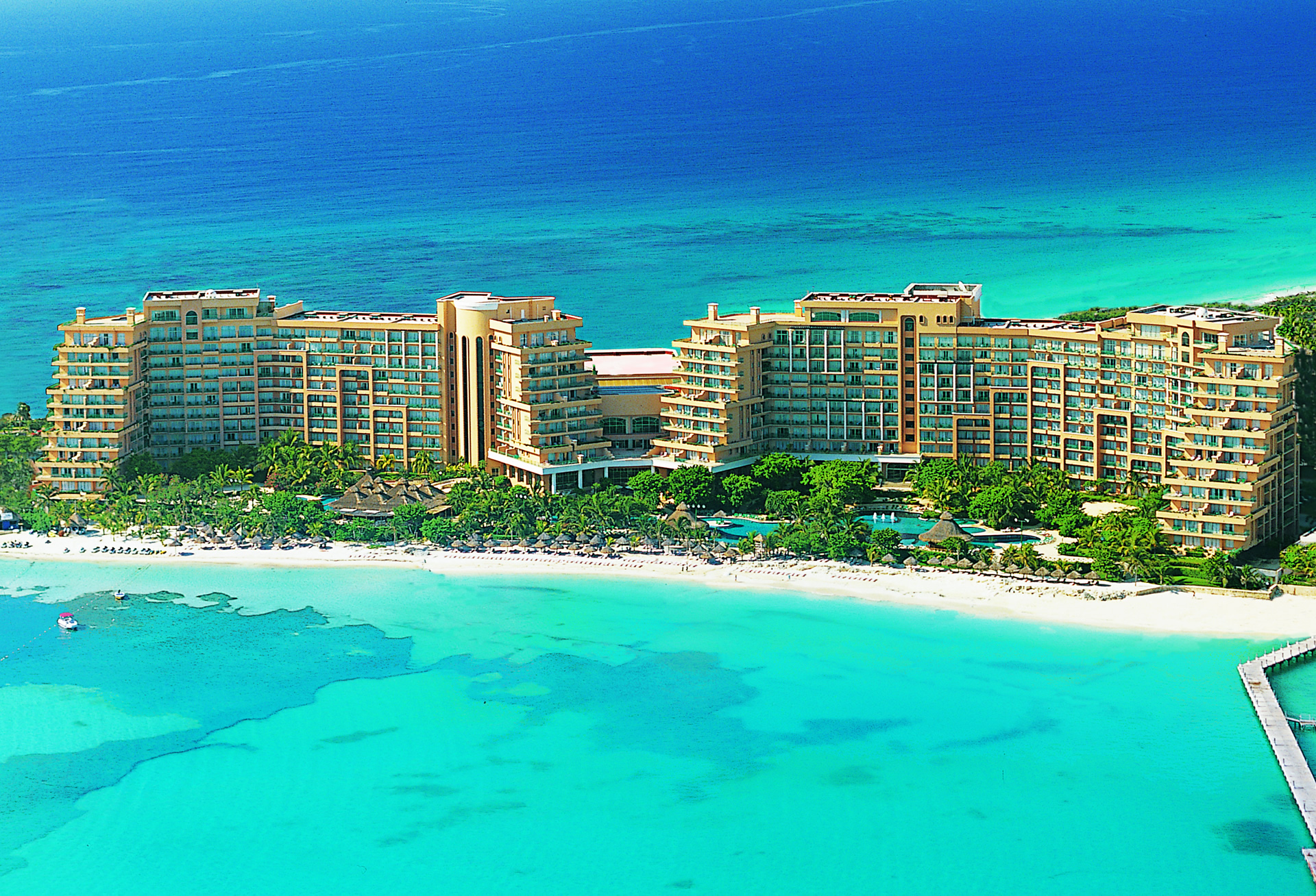 coral beach cancun